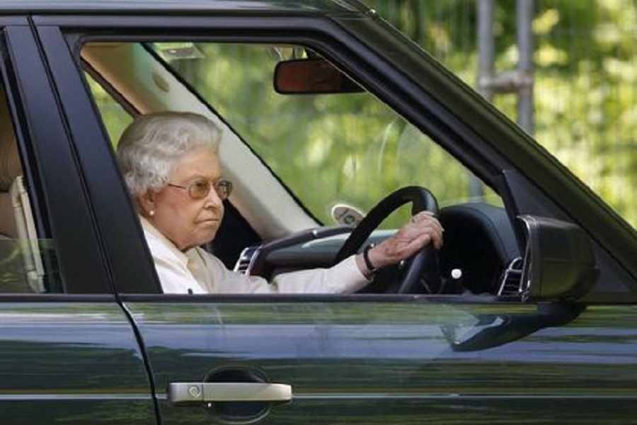 Hot or Not: The Queen has given up driving