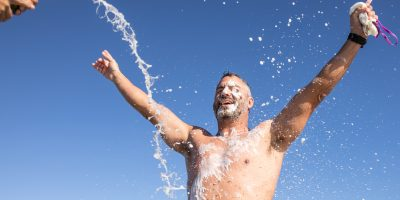 LOCAL EXTREME SWIMMER COMPLETES 100TH ROBBEN ISLAND CROSSING