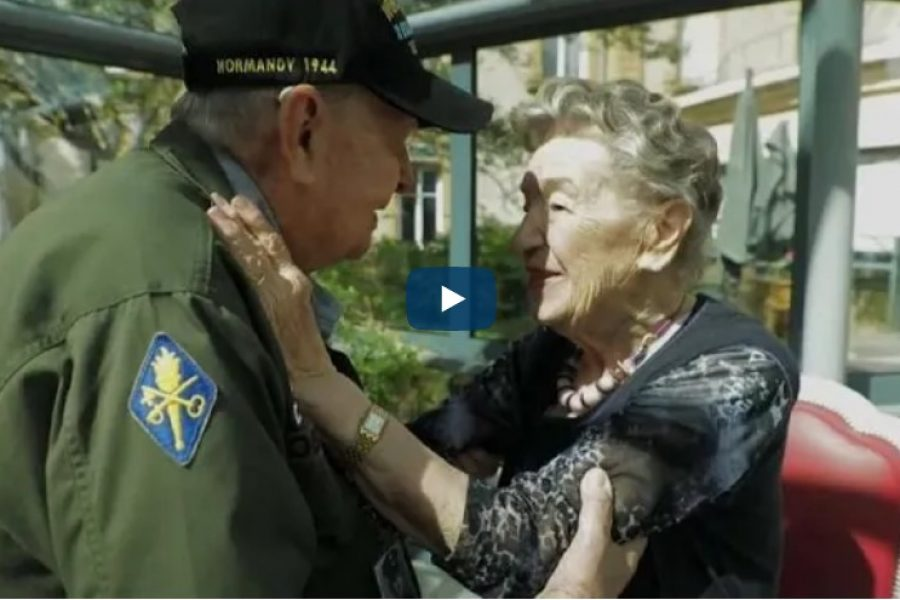 WATCH: Lovers reunited 75 years on from WW2