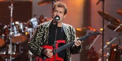 TRIBUTES POUR IN FOR JOHNNY CLEGG – 1953 – 2019