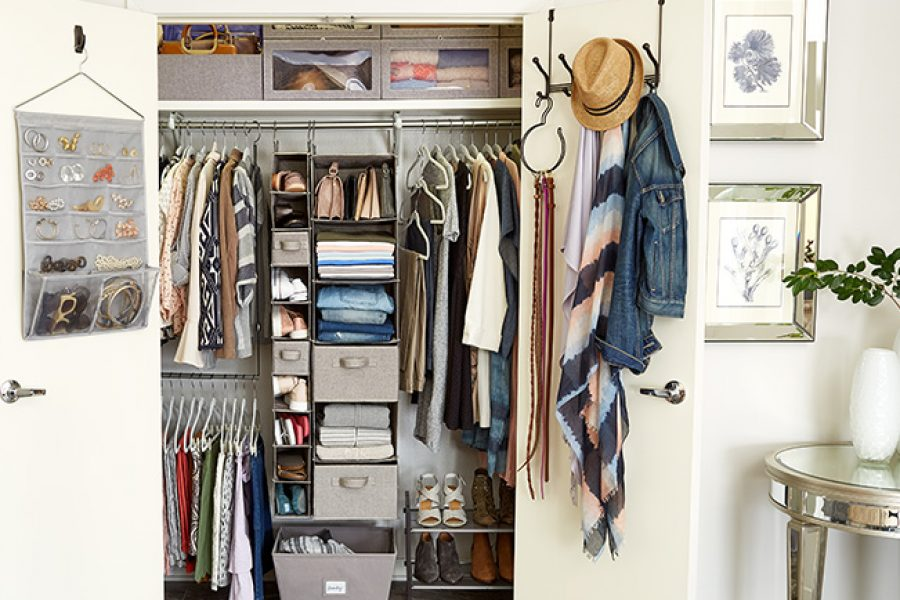 Bailey's Hi-5: 5 Organisational Tips for Small Closets
