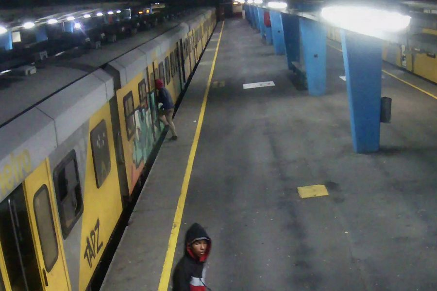 R100 000 REWARD UP FOR GRABS TO CATCH TRAIN ARSONISTS
