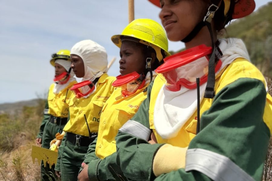 WOMEN ON FIRE – MEET THE CITY'S FIRST ALL-FEMALE-FIREFIGHTING CREW