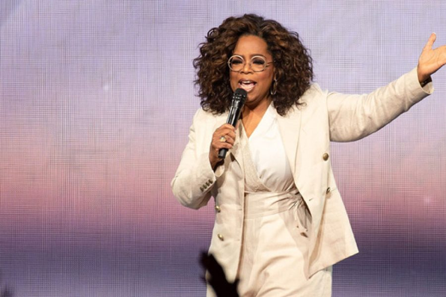 What's Going Viral: Oprah Falls, whilst talking about Balance