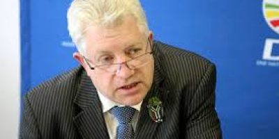 Premier Alan Winde calls for calm, confirms no reports of looting in the Western Cape