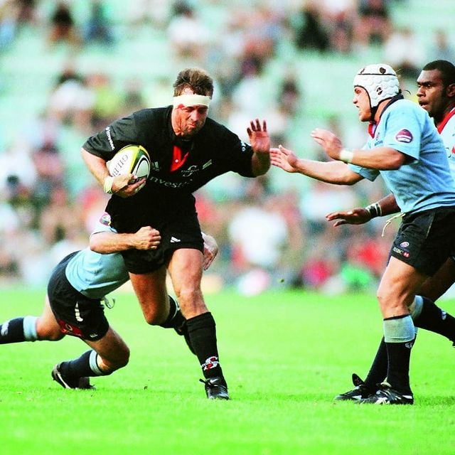 Corne Krige takes the ball into contact for the Stormers in thier Super 12 match against the Waratahs.